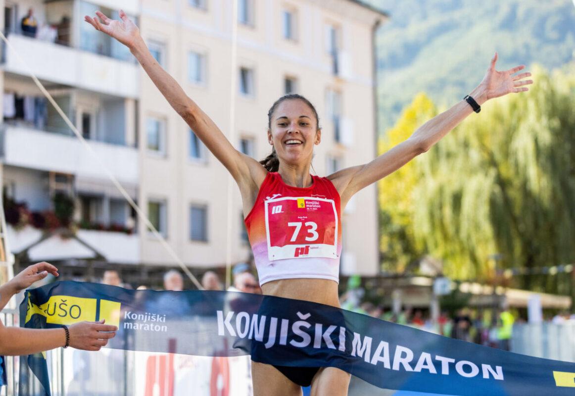 Anja Fink, zmagovalka na 10 km - 9. Konjiški maraton 2021 Foto: Vid Ponikvar / Sportida